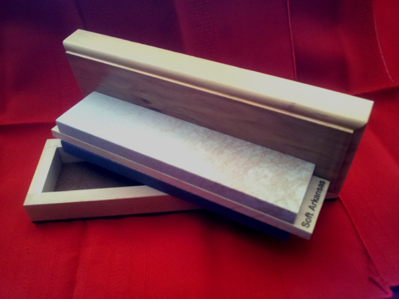 "8"" x 2"" x 1"" Dual Soft & Black ARK Sharpener/Wooden Box"