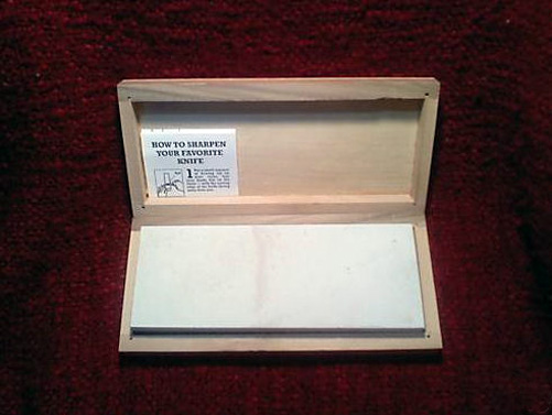 "8"" x 3"" x 1"" Soft Novaculite Whetstone Knife Sharpener/Box"