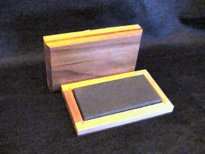 Gold Testing Black Translucent / Cedar Box